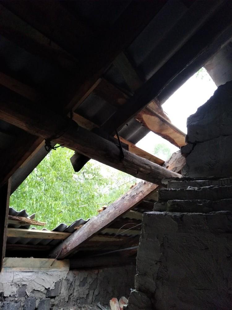 Кого-то ураган оставил без крыши над головой. Фото: Регион-74, vk.com