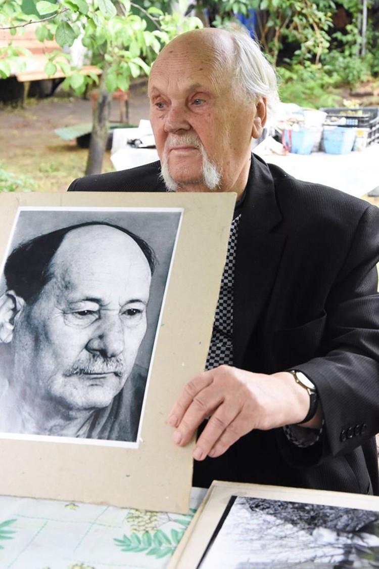 Михась Константинович говорил, что наиболее близок к характеру его отца этот снимок, сделанный им в середине 1950-х.