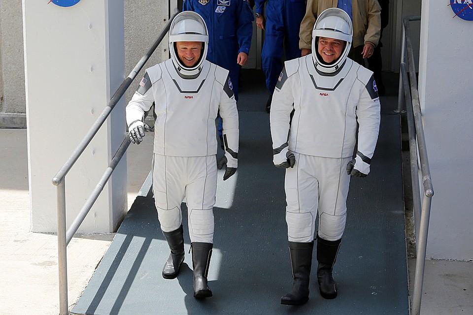 Завтра Боб Бенкен и Даг Херли (пусть все с ними будет хорошо) в воскресенье вечером состыкуются с Международной космической станцией Фото: REUTERS