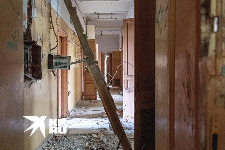 Бывшему корпусу технического училища 120 лет - по архитектурным меркам, не так уж и много