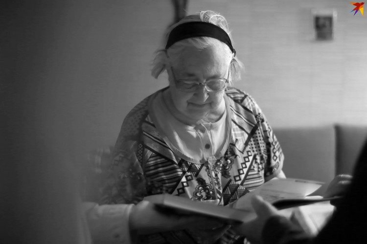 Вдова Георгия Смирницкого Юлия Константиновна. Фото: Марина РОМАНЕНКО.