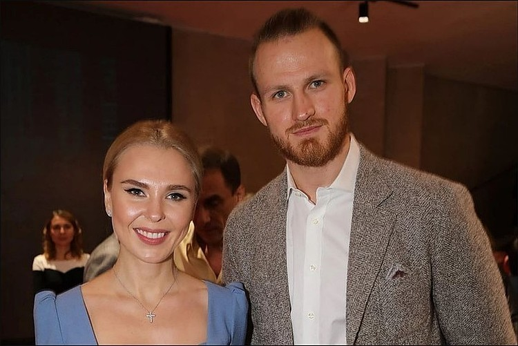 Пелагея с бывшим мужем Иваном Телегиным.