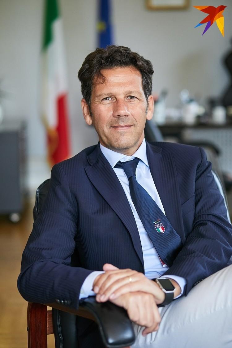 - С одной стороны, итальянцы не дисциплинированный народ, но, с другой, в определенные моменты мы консолидируемся.