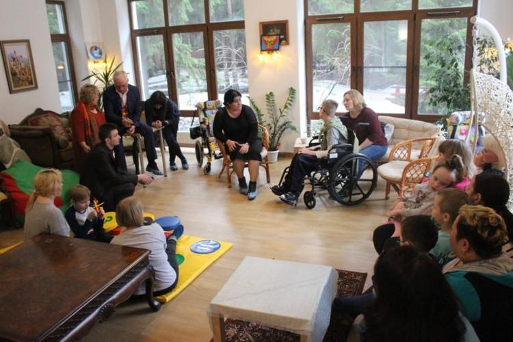 Зумрият Резаханова говорит матерям: любой ребенок – это счастье Фото: БЦ помощи детям «Радуга»