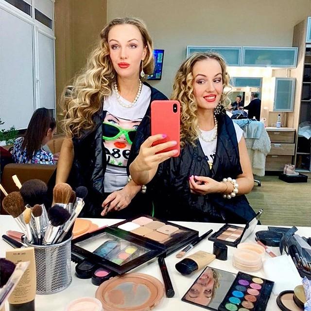 Валентина и Александра Груздевы телеведущие, певицы и актрисы. Фото: Фейсбук