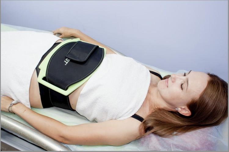 Все аппаратные процедуры проходят под пристальным контролем персонала медцентра.