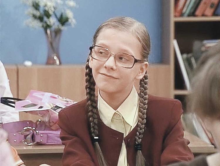 Лизу прославила роль Галины Сергеевны в сериале «Папины дочки». Кадр из фильма.