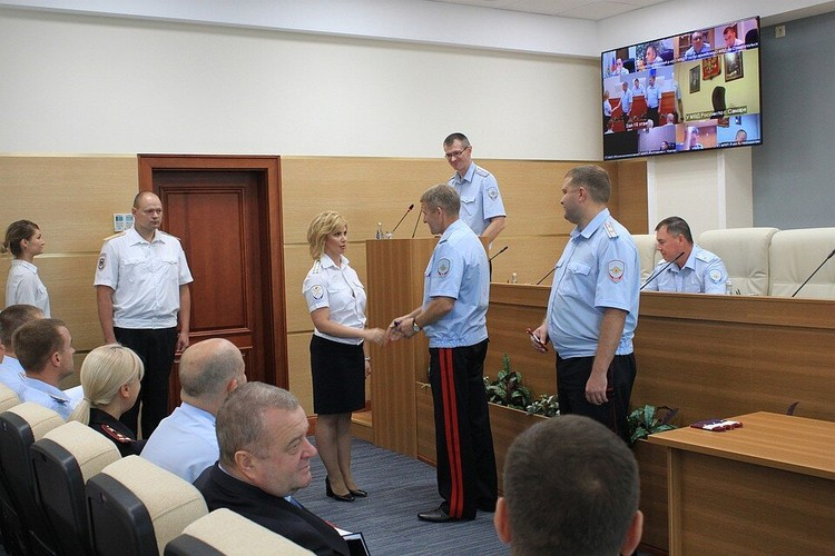 Вера Рабинович работала в Главном следственном управлении областного МВД и имела множество поощрений от руководства