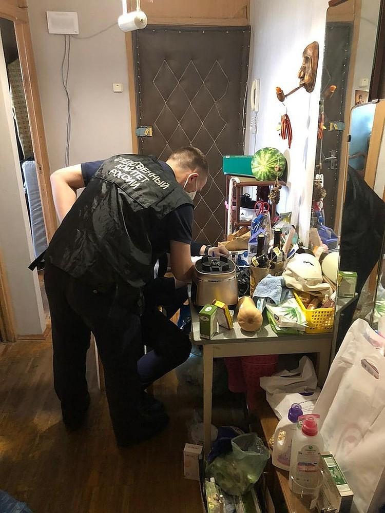 Странную квартиру, в которой с нянями из Китая жили пятеро новорожденных малышей, накрыли в начале июля. Фото: СУ СК РФ по Москве