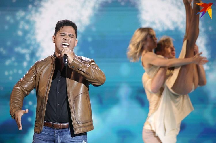 Кубинский исполнитель очень понравился зрителям.