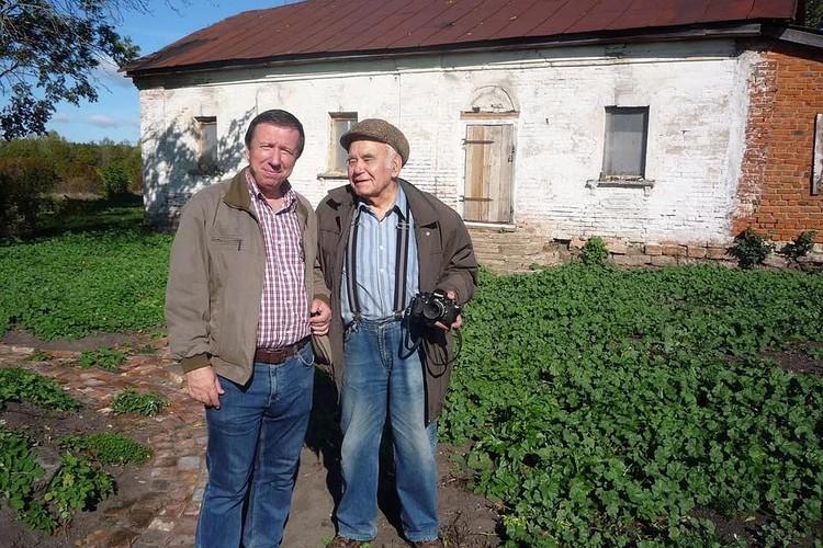 Николай Старченко и Василий Песков были близкими друзьями.