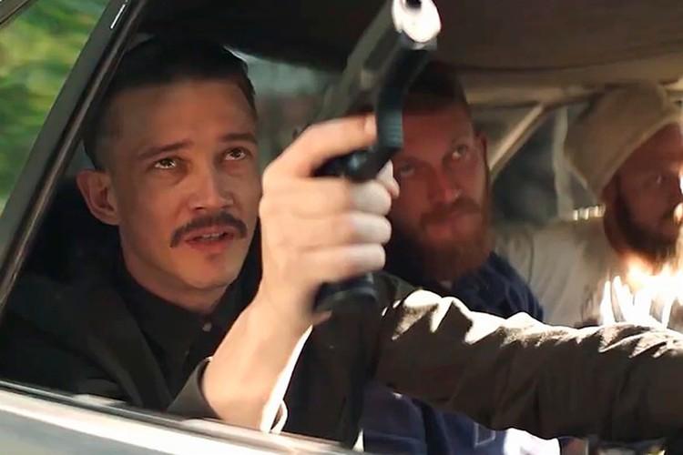 Еще одна претензия Баранец к сериалу - в нем слишком много сцен насилия.