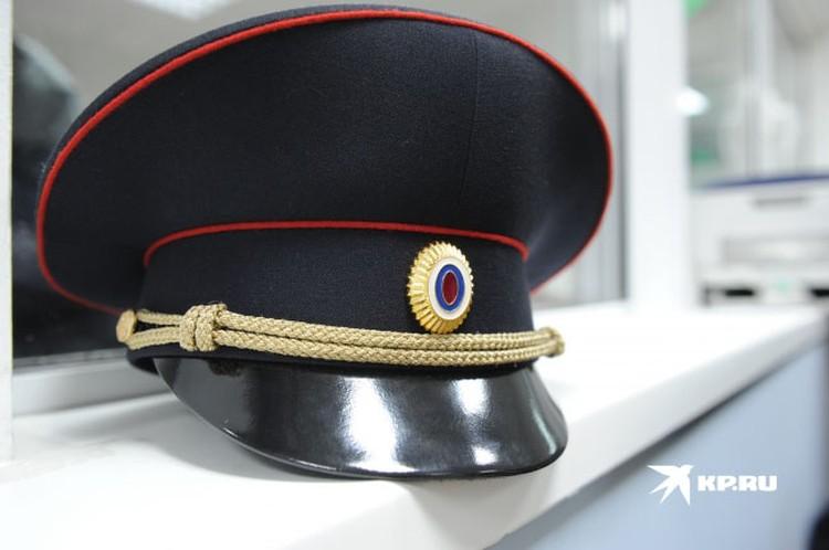 Офицер в звании подполковника, который видел меня несколько раз в течение дня, спросил меня, что я здесь делаю. Но в глобальном смысле это ничего не изменило