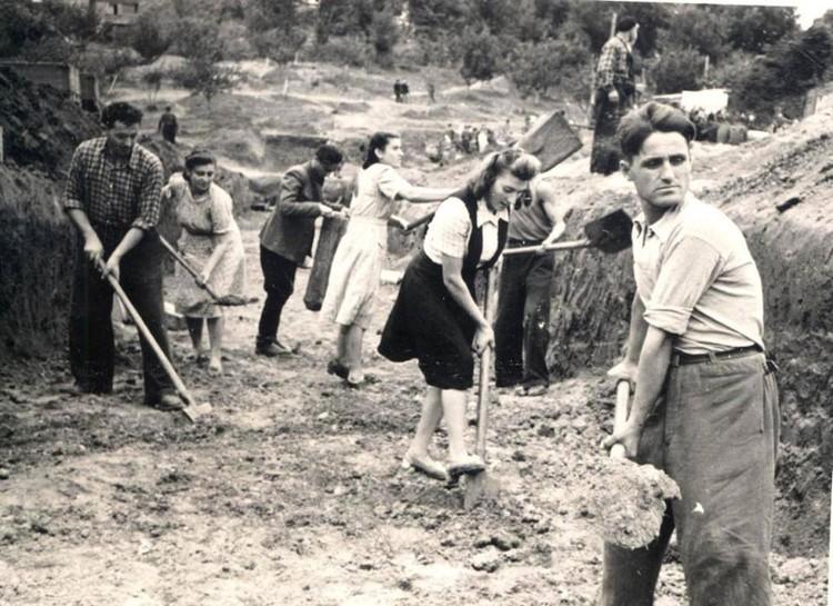 Строительство озера и парка, 1950 год. Фото: соцсети