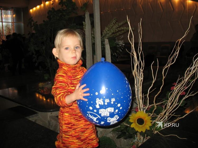 Два года Наташа лечилась в немецкой клинике. Фото: представлено Надеждой Голышевой, мамой Наташи