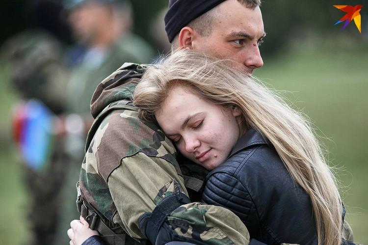 В центре Минска высадился десант.