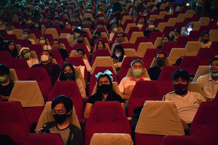 Кинотеатры открываются по всему миру - открылся в Бангкоке (Таиланд)