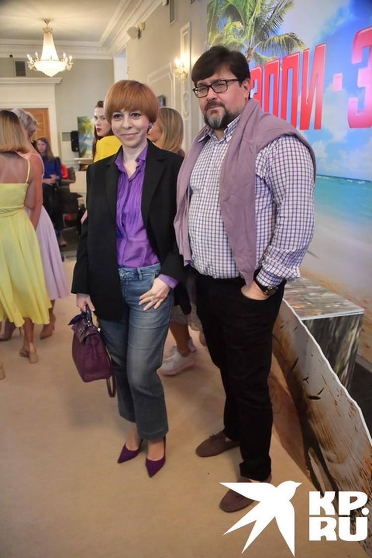 С мужем Владимиром Борисовым пришла телеведущая Марианна Максимовская