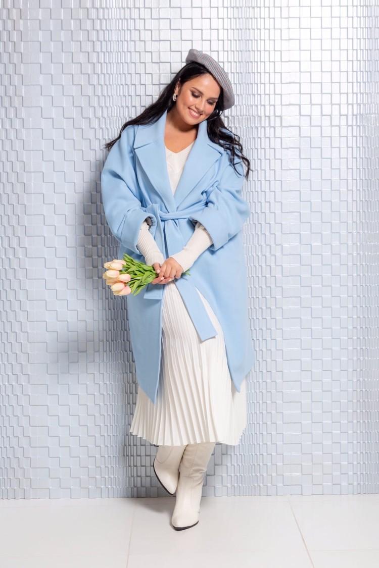 Одежда размера Plus Size бывает и модной, и красивой. Фото: предоставлено из личного портфолио Екатерины Захаровой/фотограф Данил ЯРОЩУК.