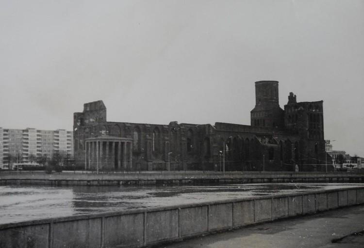 Так выглядел собор в 80-х годах прошлого столетия.