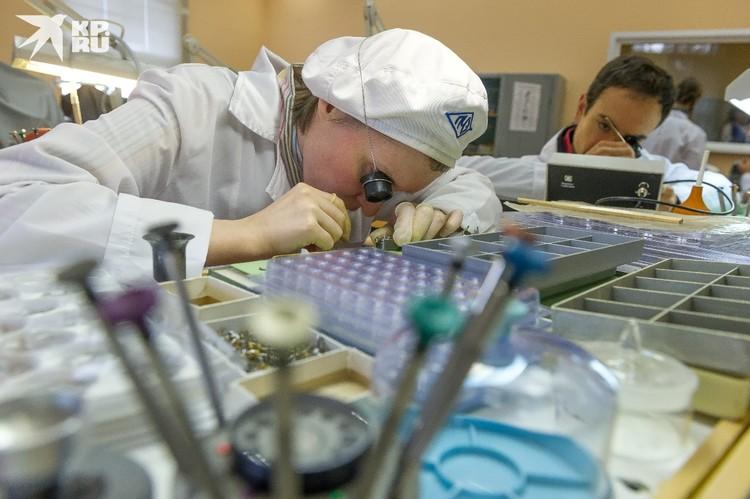 Информация о том, почему некоторые люди не заболевают коронавирусом, поможет в разработке лекарств