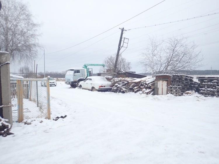 Тело мальчика было найдено в гаражах на окраине города. Фото: СУ СКР по Свердловской области