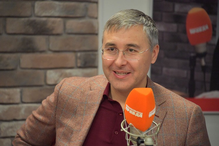 На совещании президента РФ с правительством министр науки и высшего образования Валерий Фальков рассказал, что 1 сентября этого года пройдет в вузах в традиционном очном формате.