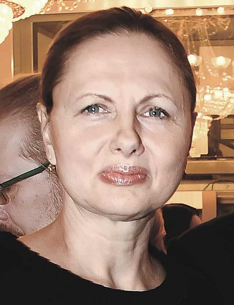 Одна из любимых женщин актера - жена Галина.