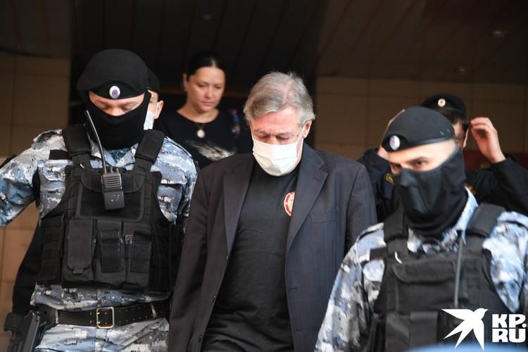 В Москве продолжается суд над актером Михаилом Ефремовым