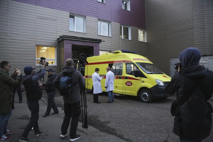 20 августа Навального сняли с борта самолета и срочно госпитализировали в больницу Омска.