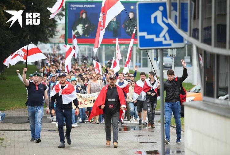 Сегодня добраться к площади Независимости в Минске можно только наземным транспортом либо пешком