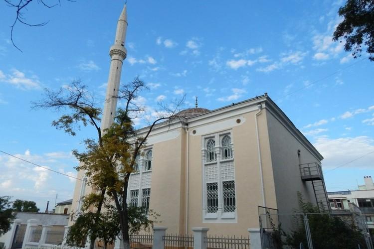 Мечеть Акъяр Джами в Севастополе
