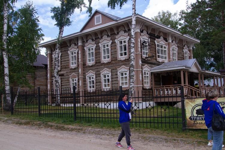 Дом купца Андреева перевезли буквально по бревнам из села Верх-Ануйское