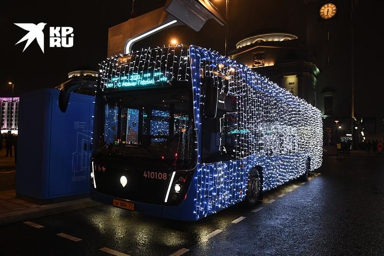 Во всем мире на смену неповоротливым и медленным троллейбусам, которые то и дело норовят стать причиной дорожных заторов, приходят электробусы