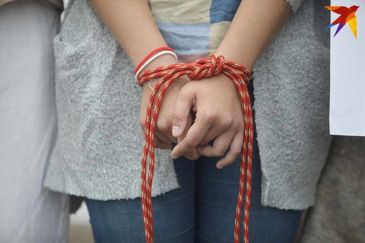 Минск. 27.08.2020 г. Цепь солидарности возле Красного Костела.