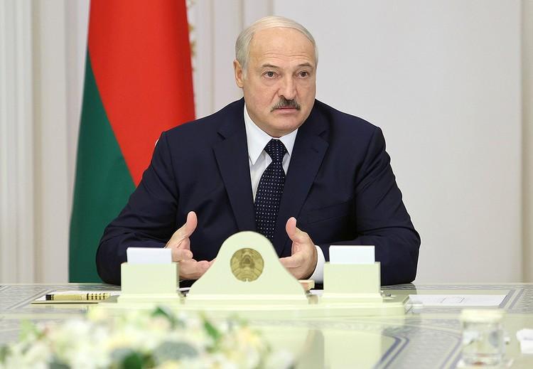 Александр Лукашенко во время заседания правительства в Минске.