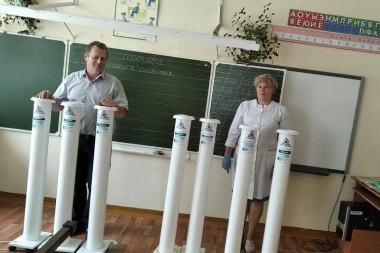 Современные рециркуляторы получили в подарок школы поселка Рассвет, сел Калачево и Костенково. ФОТО: Алексей Иванов.