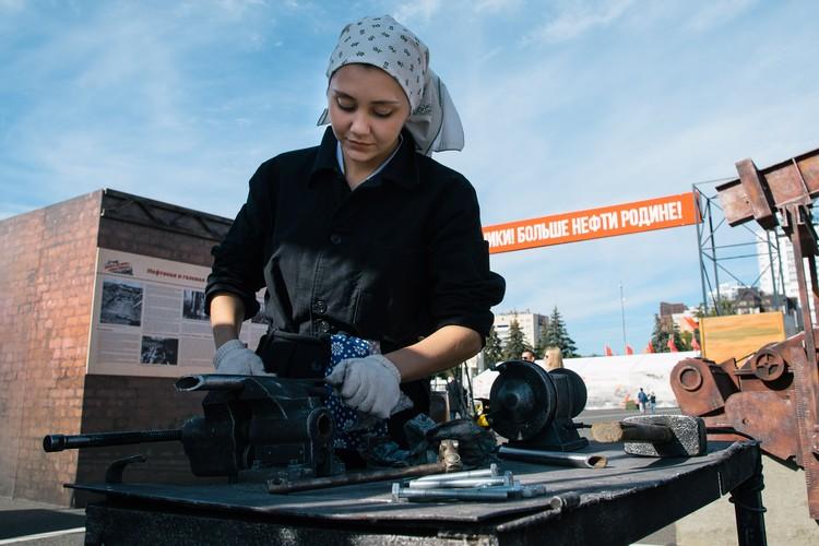 В тыловом Куйбышеве работали и дети, и женщины