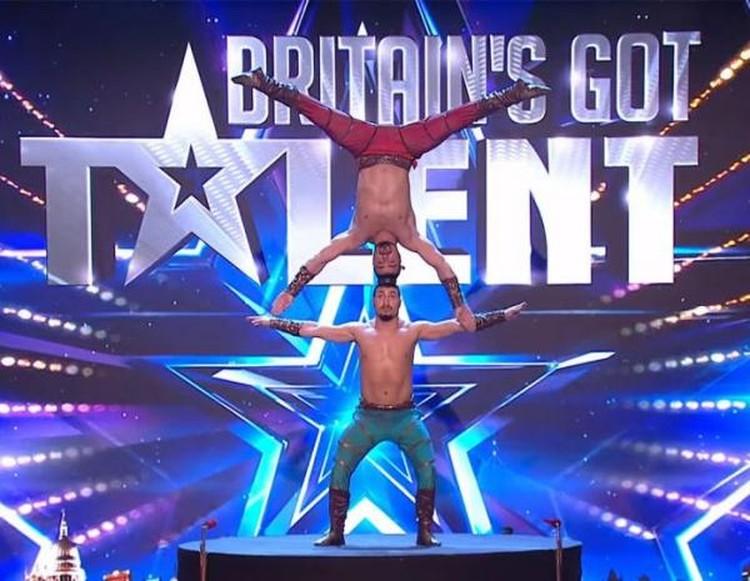 Пара силовых акробатов уже выигрывала «Минуту славы» и даже участвовала в британском проекте Britain's Got Talent. Фото: youtube.com