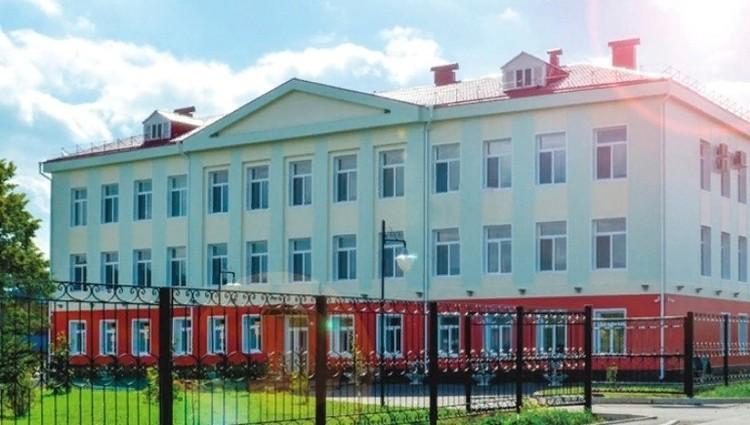 Ишимская школа №2, где произошёл инцидент. Фото: группа школы во Вконтакте