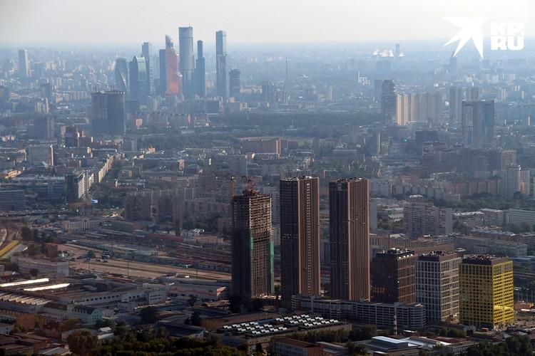 На сегодняшний день в Москве работают 197 застройщиков, которые возводят 727 жилых домов