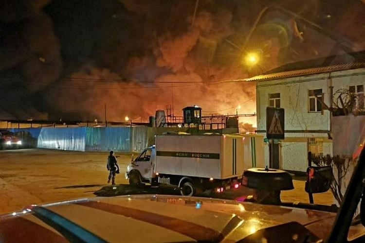 Пожар в колонии вечером, 10 апреля. Фото: очевидцы