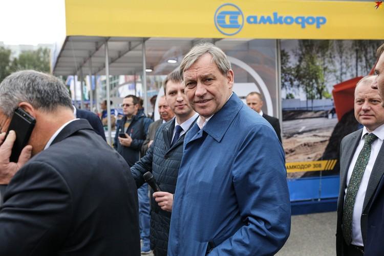 Среди гостей форума - Александр Шакутин
