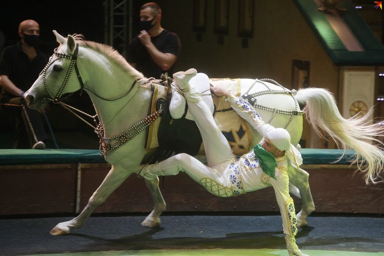 У номера - новый руководитель: продолжатель цирковой династии Лазаровых Руслан