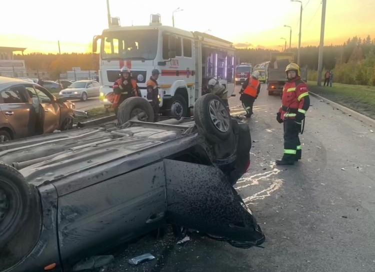 """За жизнь водителя """"Гранты"""" боролись до конца, но травмы были слишком тяжелые. Фото: vk.com/gibddkareliya"""