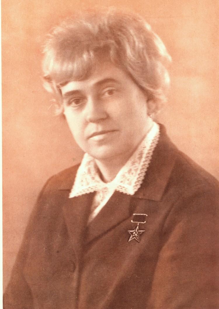 Елена Васильевна много лет возглавляла шоколадную фабрику
