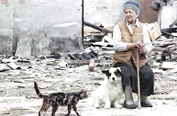 В вооруженных столкновениях в Абхазии были убиты и ранены несколько тысяч человек. Около 240 тысяч стали беженцами. Фото: Сергей МАМОНТОВ, Генн ХАМЕЛЬЯНИН