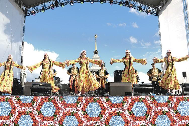 Тюркские народы живут от Кавказа до Заполярья и Дальнего Востока.