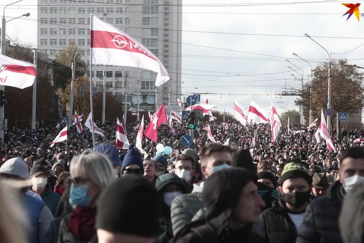 В этот раз минчане прошлись по Партизанскому проспекту.
