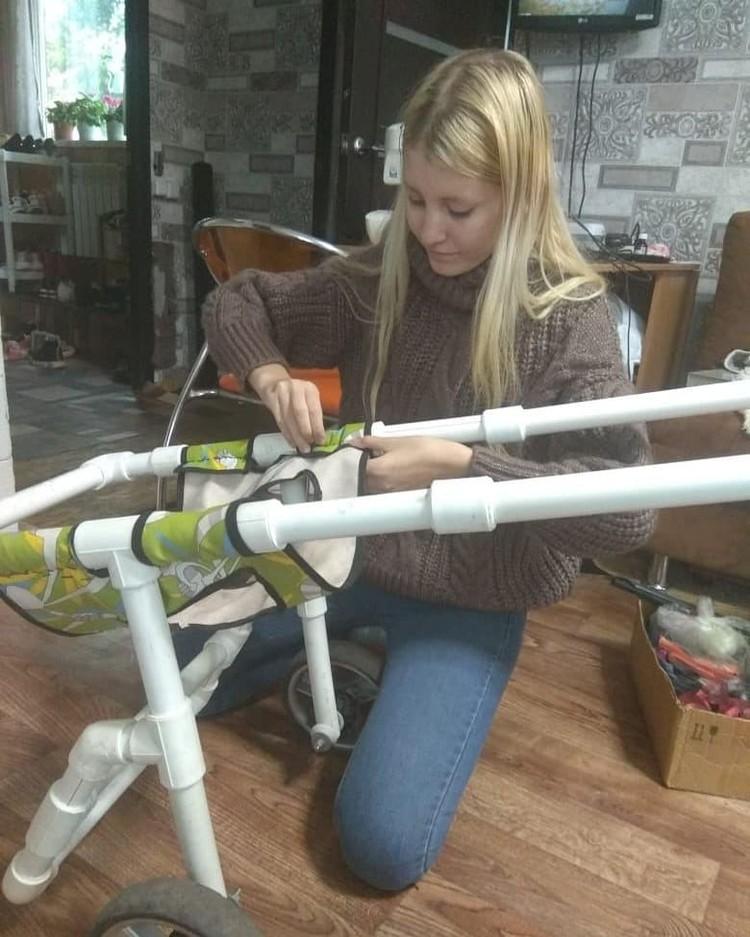 Первую коляску Кристина сделала два года назад.